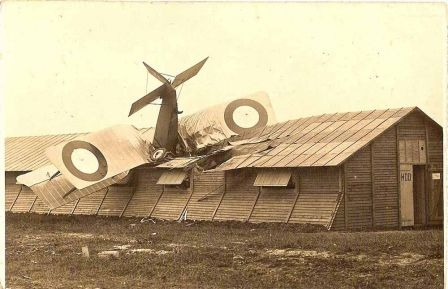 Accident-d_avion_m.jpg
